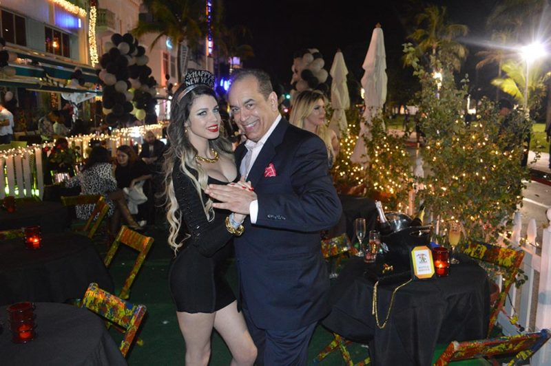 Alan-Action-NYEVE-2016-in-South-Beach-With-Latina